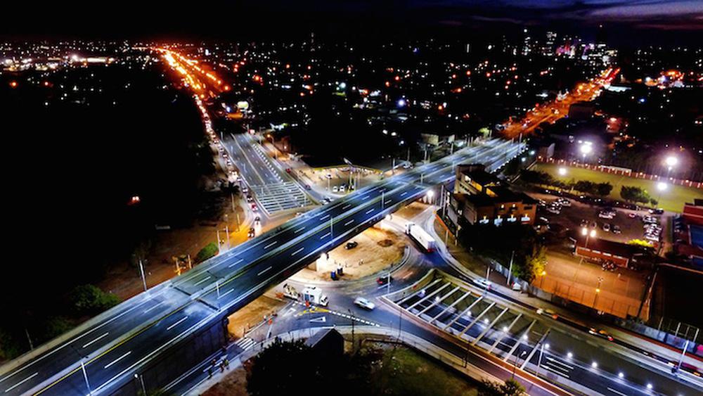Súper Viaducto de la Avenida Madame Lynch y Aviadores del Chaco